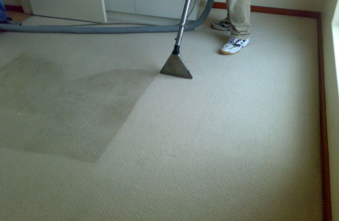 Keep Your Carpet Clean as We Head Into Fall