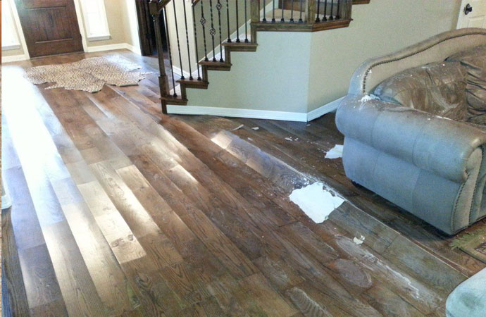 Signs that your home needs professional water damage remediation
